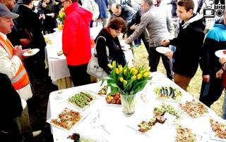 impreza plenerowa z cateringiem