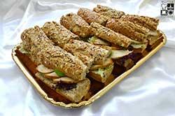 Sandwich z bagietki żytniej i pszennej